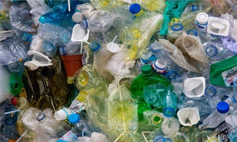یک میلیون بطری پلاستیکی در هر دقیقه به زبالههای جهان اضافه میشود