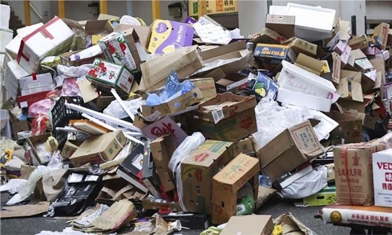 صنعت بازیافت کشور در دست دلالان است
