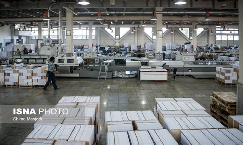 ناشران نگران کاغذ نباشند/ علیه وزارت ارشاد فرافکنی میشود