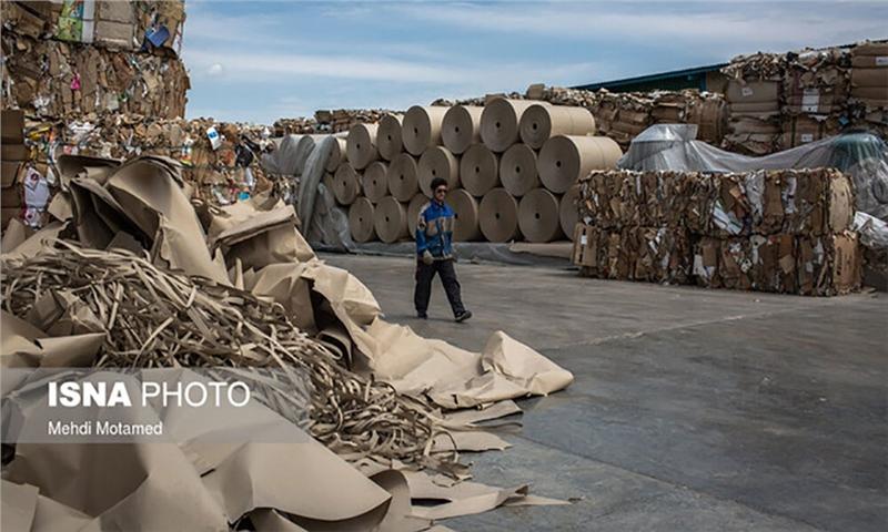 تبدیل کاغذ بازیافتی به کارتن و اشتغال مستقیم برای ۴۷ نفر
