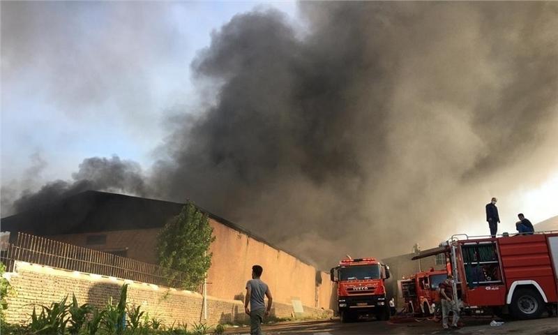 آتش سوزی در شهرک صنعتی جاجرود مصدوم و خسارت جانی نداشت