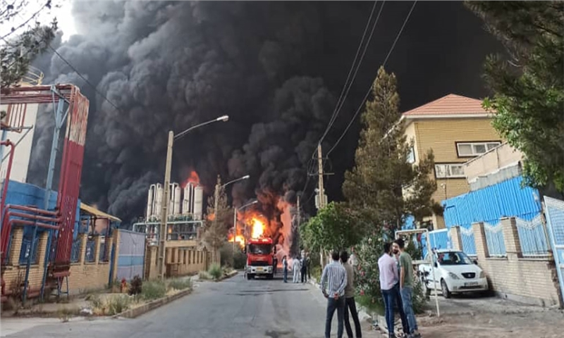 آتش سوزی وحشتناک در شهرک صنعتی شکوهیه قم