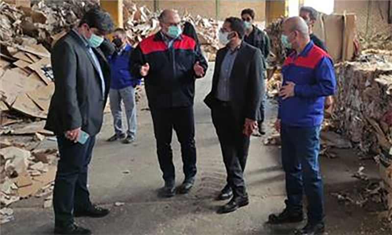 مدیران هلدینگ تاسیکو از کارخانه کاغذسازی کاوه بازدید کردند